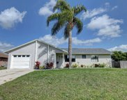 571 SE Crescent Avenue, Port Saint Lucie image