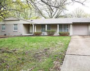 1066 Orchard Lakes  Drive, St Louis image