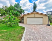 2837 Nw 84th Ave, Coral Springs image