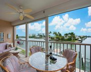 10686 Gulf Shore Dr, Naples image