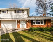 1511 Executive Circle, Glenview image