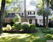 75 Mcculloch  Drive, Dix Hills image