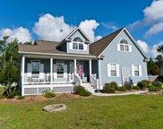 226 Bluewater Cove, Swansboro image