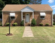 108 Moore  Avenue, Colonial Heights image
