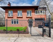 840 West Castlewood Terrace, Chicago image