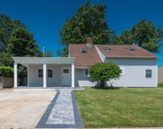 58 Coppersmith Rd, Levittown image