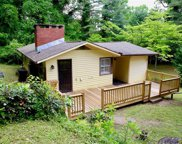 1027 Manor Drive, High Point image