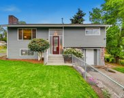 715 SW 108th St, Seattle image
