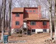 662 Country Place Dr, Tobyhanna image