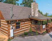 2112 Memory Way, Sevierville image