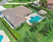 9014 Gardens Glen Circle, Palm Beach Gardens image