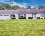 27 Tow Path Ln, Westfield image