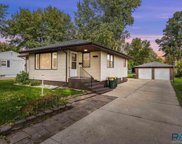 3112 S Lake Ave, Sioux Falls image