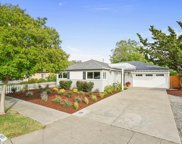 2415 Ohio Ave, Redwood City image