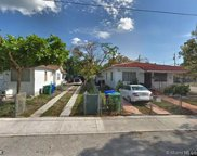 90 Nw 33rd St, Miami image