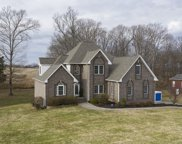 1016 Fairways Dr, Greenbrier image