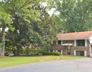 4154 Sweetbriar Ln, Forest Park image