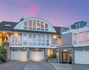 621 View Place, Edmonds image