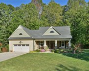 492 Ravencliff Court, Lewisville image