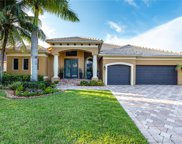 8245 S Lake Forest Dr, Davie image
