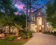 10 E Majestic Woods Place, The Woodlands image