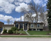 3411 E Enchanted Dr, Cottonwood Heights image