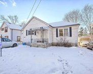 16964 W Bayview Ave, Newmarket image