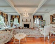 138 N DOHENY Drive, Beverly Hills image