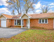 1617 Dundee Road, Northbrook image