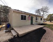 101 S River Dr Dr, Williamstown image