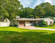 3 Shearwater Ct, Centereach image