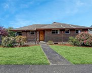 6753 39th Ave SW, Seattle image