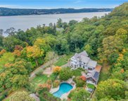 11 Lawrence  Lane, Palisades image