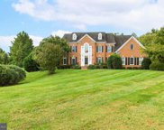 10939 Great Knoll Ct, Great Falls image
