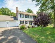 7 Whiffle Tree  Road, Wallingford image