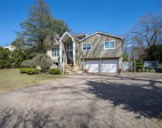 26 Richlee Dr, E. Northport image