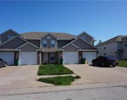 823 Sw Peach Tree Lane, Blue Springs image