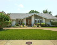 7306 Whispering Pines Drive, Dallas image