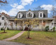 26 Lawrence Hill Way, Clinton Corners image