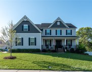 120 Willowbrook  Drive, Mooresville image