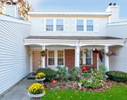 236 Ivy Meadow Ct, Middle Island image