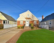 1623 Lincoln Avenue  Ave, New Hyde Park image