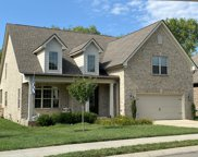 6011 Trotwood Ln, Spring Hill image
