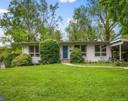 1639 Wrightson   Drive, Mclean image