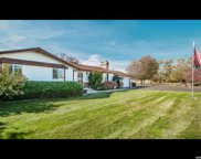 2665 Horseshoe Cir, South Jordan image