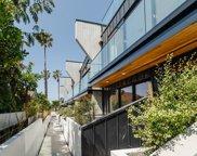 330     Rennie Avenue   7, Venice image