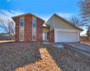 824 Lakeside Circle, Edmond image