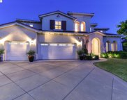 2738 Highlands Meadows Ct., Dublin image