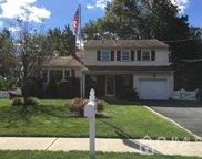 486 Taylor Place, North Brunswick NJ 08902, 1214 - North Brunswick image
