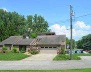 12302 N Pawnee Drive, Syracuse image